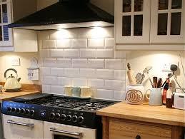cuisine carrelage metro carrelage métro blanc ou en couleur décoratif pour la cuisine