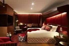 chambre a coucher bordeaux comment décorer votre chambre en bordeaux