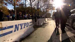 how recent attacks shaped thanksgiving day parade security cbs news
