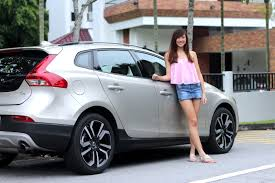 volvo v40 cross country r design volvo v40 cross country review the new of volvo kaiting