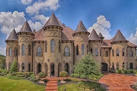 ludicrous 4 9m texas castle really loves turrets curbed