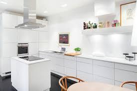 cuisine ikea blanc brillant cuisine ikea voxtorp chaios com avec voxtorp blanc brillant idees et