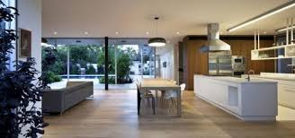 cuisine sur parquet parquet flottant dans l intérieur moderne en 105 exemples