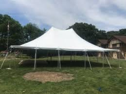Tent In Backyard by Small Backyard Wedding Tent In Iowa 30 U0027 X 40 U0027 And Pole Tent