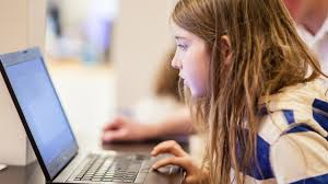 7 year old takes just 10 minutes to hack into public wifi
