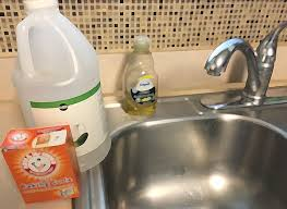How To Clean Kitchen Sink by How To Keep Your Kitchen Sink U0026 Disposal Smelling Nice And Clog
