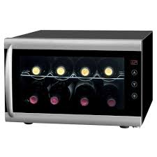 spt 8 bottle thermoelectric wine cooler with heating wc 0802h