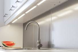Led Lights In The Kitchen by Energy Saving Task Lighting In The Kitchen 10 Led Under Cabinet