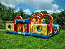 adventure backyard obstacle course bounce house kids fun obstacle