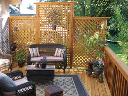 Privacy Screens For Backyards by Lattice Provides Excellent Screening For Your Backyard Outdoor