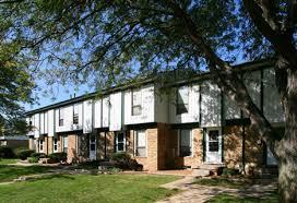 oak tree village apartments princeton management