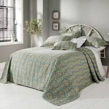 19 best forever england quilted bedspreads images on pinterest
