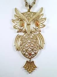 vintage owl necklace jewelry images Large vintage owl necklace articulated gold tone oval dangle eyes JPG