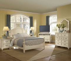 white shaker bedroom furniture decorating your home design studio with wonderful great white shaker