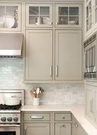 repeindre une cuisine en mélaminé repeindre cuisine en bois alaqssa info