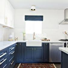 what color to paint two tone kitchen cabinets 35 two tone kitchen cabinets to reinspire your favorite spot