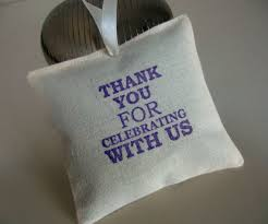 awesome wedding favors awesome wedding favors for your guests