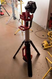 milwaukee m18 trueview led stand light new milwaukee m18 led tripod worklight and other new m12 and m18 led