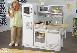 cuisine d enfants cuisine en bois pour enfants blanche uptown 1 00 m kidkraft