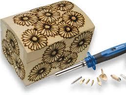 cornice legno da decorare fai da te decora una scatola di legno con la pirografia