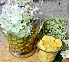 glamour diy pineapple centerpiece