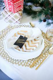 Christmas Table by Christmas Table Three Table Setting Ideas Fashionable Hostess