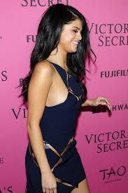 new york hair show 2015 selena gomez attending the 2015 victoria s secret fashion show