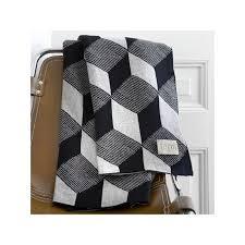 plaide pour canapé plaid ferm living squares plaid noir et blanc