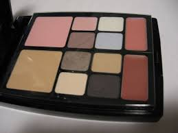 previous next preview dior travel studio makeup palette collection voyage middot makeup palette review
