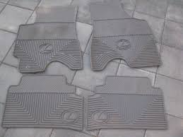 lexus es300 carpet floor mats or rx300 oem rubber floor mats oem 2nd row carpet mat