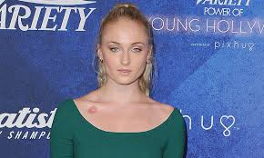 design hair game game of thrones star sophie turner adds new designs to her