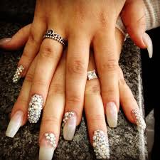 unique acrylic nail designs with rhinestones