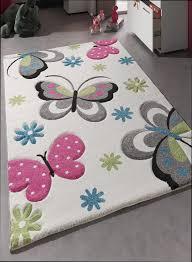 tapis chambre fille photo chambre bebe fille mineral bio