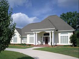 Single Story Ranch Homes Stucco Homes Stucco Colors Which One To Choose Stucco Wonu0027t