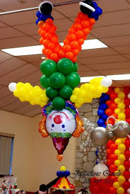 clowns balloons 15 best clowns images on clown balloons balloon