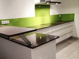 cuisine blanche et verte cuisine blanche vert anis avec des galerie avec cuisine vert
