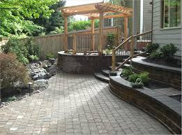 backyard landscaping with wonderful green grass decoori com