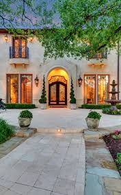 mediterranean home style best 25 mediterranean style homes ideas on