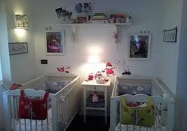 chambre de jumeaux décoration chambre bébé jumeaux bébé et décoration chambre