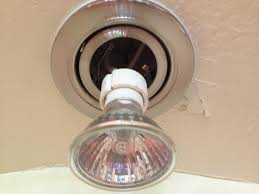 how to replace recessed light bulb replace recessed lighting bulb all about artangobistro design