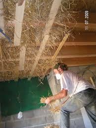 isolation plafond chambre l isolation en ton de paille du plafond du rdc des enduits en