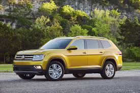 volkswagen atlas seating 2018 vw atlas suv a german vision of america u0027s dream car wsj
