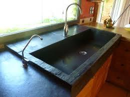 pose evier cuisine ardoise cuisine plan de travail en ardoise sur mesure ou en
