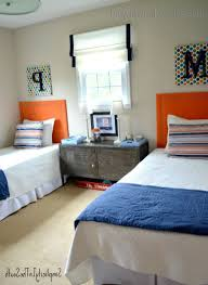 Twins Beds How To Fit Two Twin Beds In A Small Room Bedroom Ideas Decorating