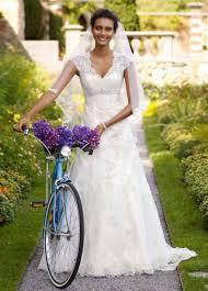 wedding dress black friday sale fashion friday cool bridal fun facts