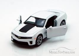 white chevy camaro chevy camaro zl1 white welly 43667 4 5 diecast model