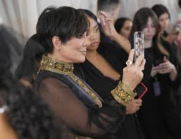 kris jenner brought back her own meme at the 2018 met gala time
