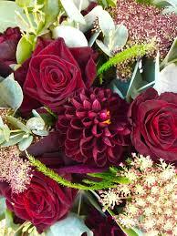 burgundy flowers 97 best burgundy tones wedding flowers images on