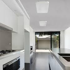 plafonnier de cuisine plafonnier cuisine le sogo 4 led l68 cm blanc