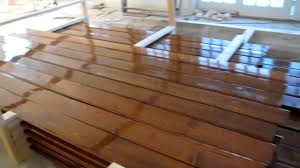 Knotty Pine Laminate Flooring Staining 1200 Feet Of Knotty Pine Youtube